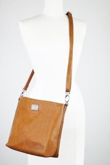 Grand Traverse Bay Crossbody - Rustic Tan